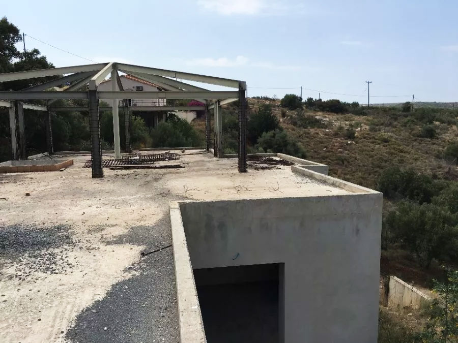Zu verkaufen unvollendete Villa in Kreta